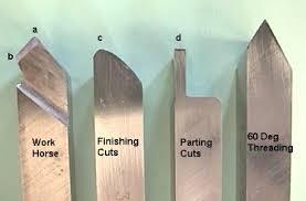 سختی  مقاومت کارایی در درجه حررات بالا  محکمی مقاومت در مقابل اثرات شیمیایی مقاومت در مقابل سائیدگی قابلیت انتقال حرارت ضریب اصطکاک فولادهای تندبْر HSS  آلیاژهای ریختنی کبالت؛کاربایدها  سرامیکها و سرمتها؛ CBN ؛الماسها
