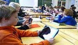 روابط اجتماعی معلمان دانش آموزان عصر ارتباطات
