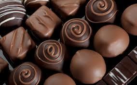 پاورپوینت معرفی و شناخت محصول شکلات در صنایع غذایی معرفی و شناخت محصول شکلات در صنایع غذایی موارد مصرف و کاربرد شکلات سروتونین تکنولوژی تولید شکلات بررسی معرفی و شناخت محصولشکلات در صنایع غذایی تحقیق شکلات در صنایع غذایی شکلات در صنایع غذایی